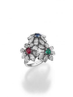 טבעת פרחונית מזהב לבן משובצת יהלומים ואבני רובי, אמרלד וספיר, 14250 שח, להשיג ב- BLOOM תכשיטי יוקרה שוהם 6 רמת גן, ,יחצ